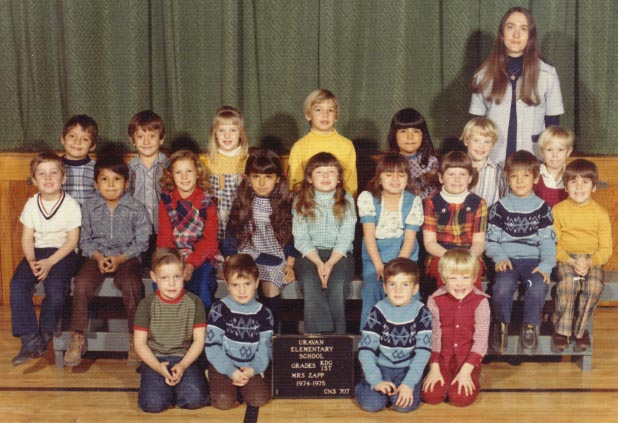 Click here to see a larger version of 1974-75, Kindergarten and 1st grade