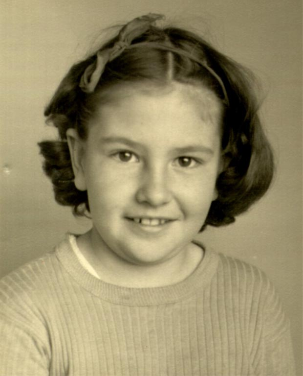 Click here to see a larger version of Phyllis (Fox) Davis, 1948